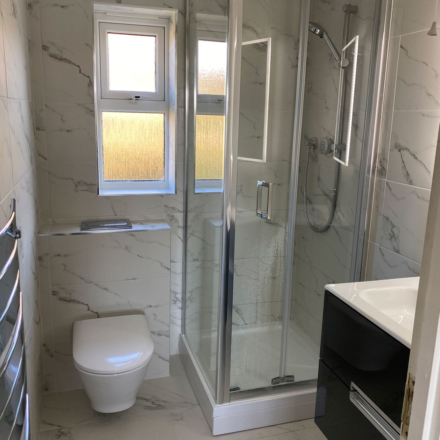Bathroom refurbishment by Whitechappell Property Maintenance